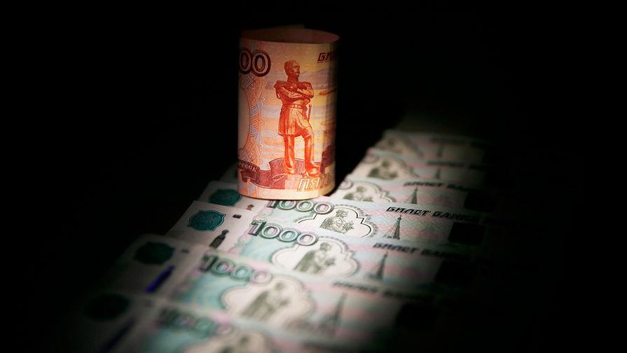 ЦБвозобновил закупки валюты для министра финансов