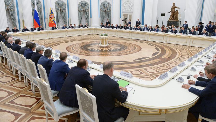 Путин поручил выпустить облигации для возврата капитала в РФ