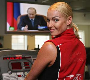 Анастасия Волочкова уходит из партии власти, не оценившей ее прелести