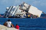 Costa Concordia еще постоит