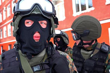 Полицейские убили пятерых разбойников, напавших на склад в Химках