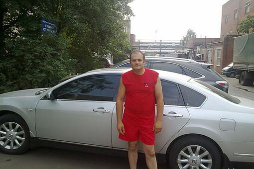 Водитель BMW Александр Прутян