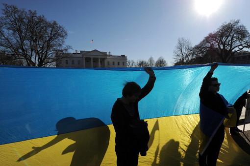 Россия, США, ЕС и Украина договариваются о встрече для урегулирования украинского кризиса