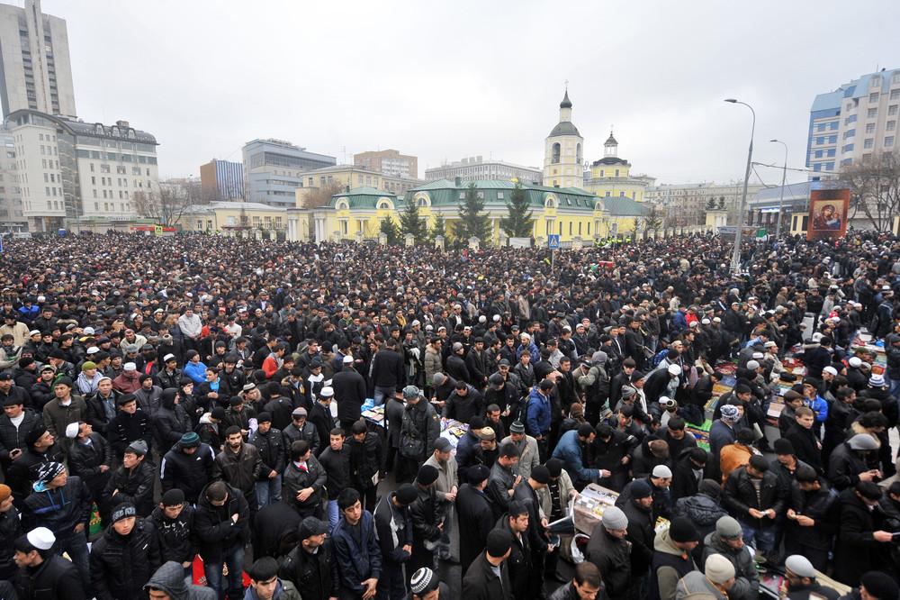 На Донбассе находится 3 тысячи российских военных. Их войска сконцентрированы в районе Новоазовска и Докучаевска, - ИС - Цензор.НЕТ 2454