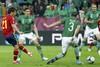Давид Сильва забивает второй мяч испанцев в матче