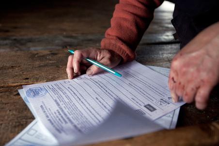 По оценкам социолога С.Циреля, «Единая Россия» получила как минимум 41 «лишний» мандат
