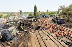 Жители домов в Белой Калитве Ростовской области, где сошли с рельсов грузовые вагоны, вновь покинули...