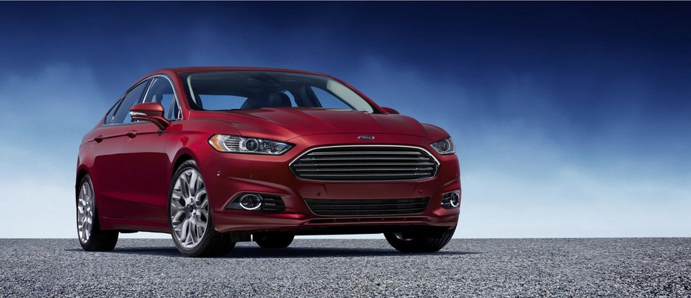 Компания Ford представила новый Ford Fusion в трех модификациях.