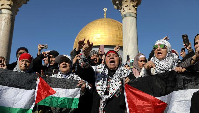 Руководитель МИД Ливана предложил арабским государствам ввести санкции против США