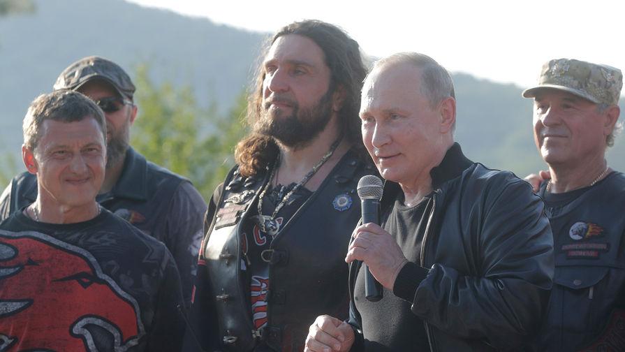 Новую протестную субботу Путин посвятил своему