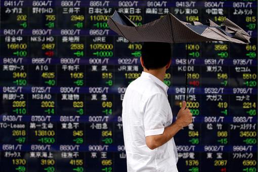 Биржевая неделя началась с обвала в Азии