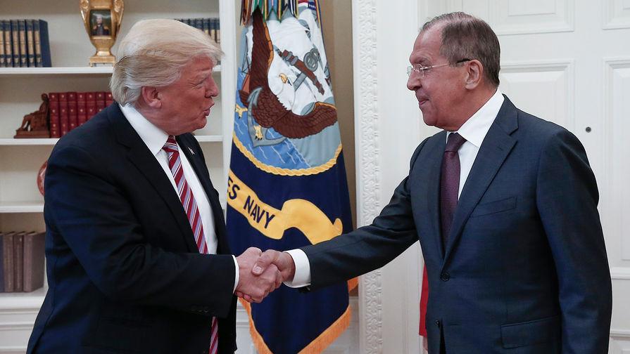 Путин назвал политической шизофренией обвинения вадрес Трампа состороны американских СМИ