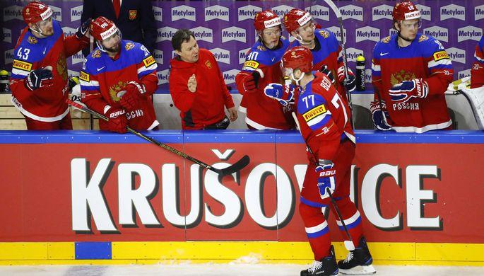 Стали известны имена русских хоккеистов, недопущенных кОИ