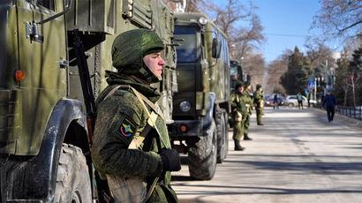 Путин констатировал готовность войск ЮВО защитить Крым