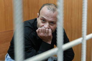 Обвиняемый в убийстве Анны Политковской Дмитрий Павлюченков пошел на сделку со следствием