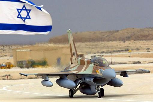 Израильские самолеты разбомбили военную базу недалеко от сирийского портового города Латакия