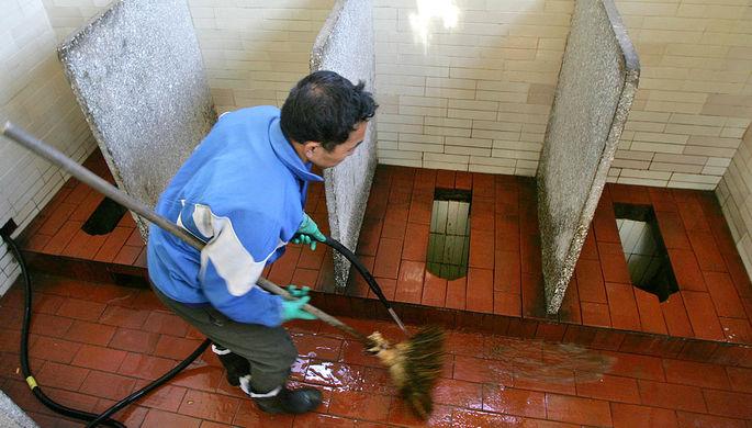 Санкции против Вексельберга лишили центр Вашингтона удобных туалетов