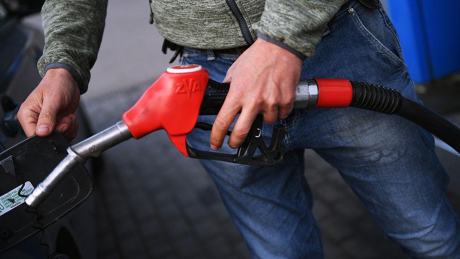 Минпромторг ждет введения штрафов занедолив топлива в 2019г