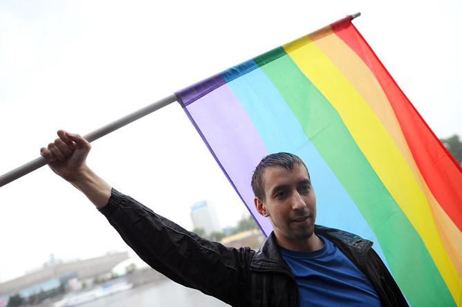 2 июня в Москве прошел Марш горячих сердец - первый легальный г