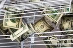 Некоторым компаниям в России может не хватить денег, чтобы расплатиться по валютным долгам, считает Moody's