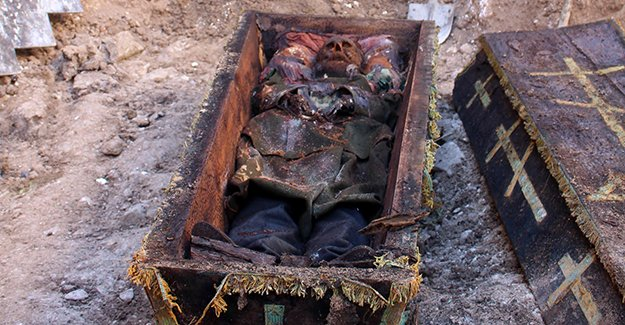 ВТурции найден гроб стелом российского генерала фото