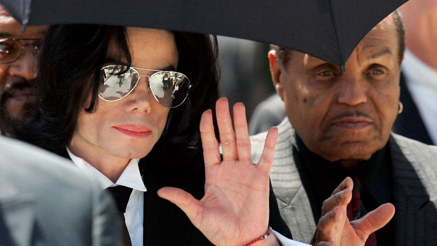 Отец майкла Джексона скончался ввозрасте 89 лет