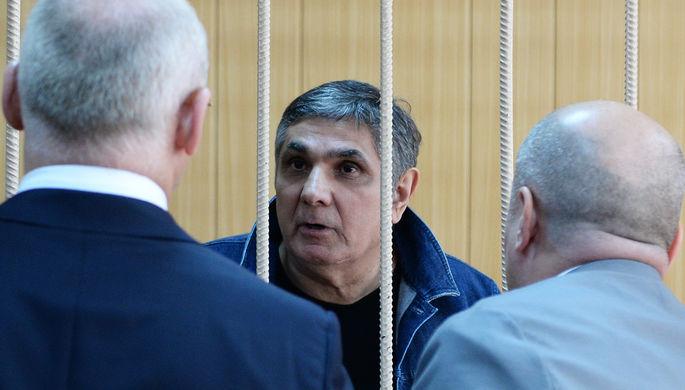 Обвинитель попросил приговорить Шакро юного к10 годам колонии