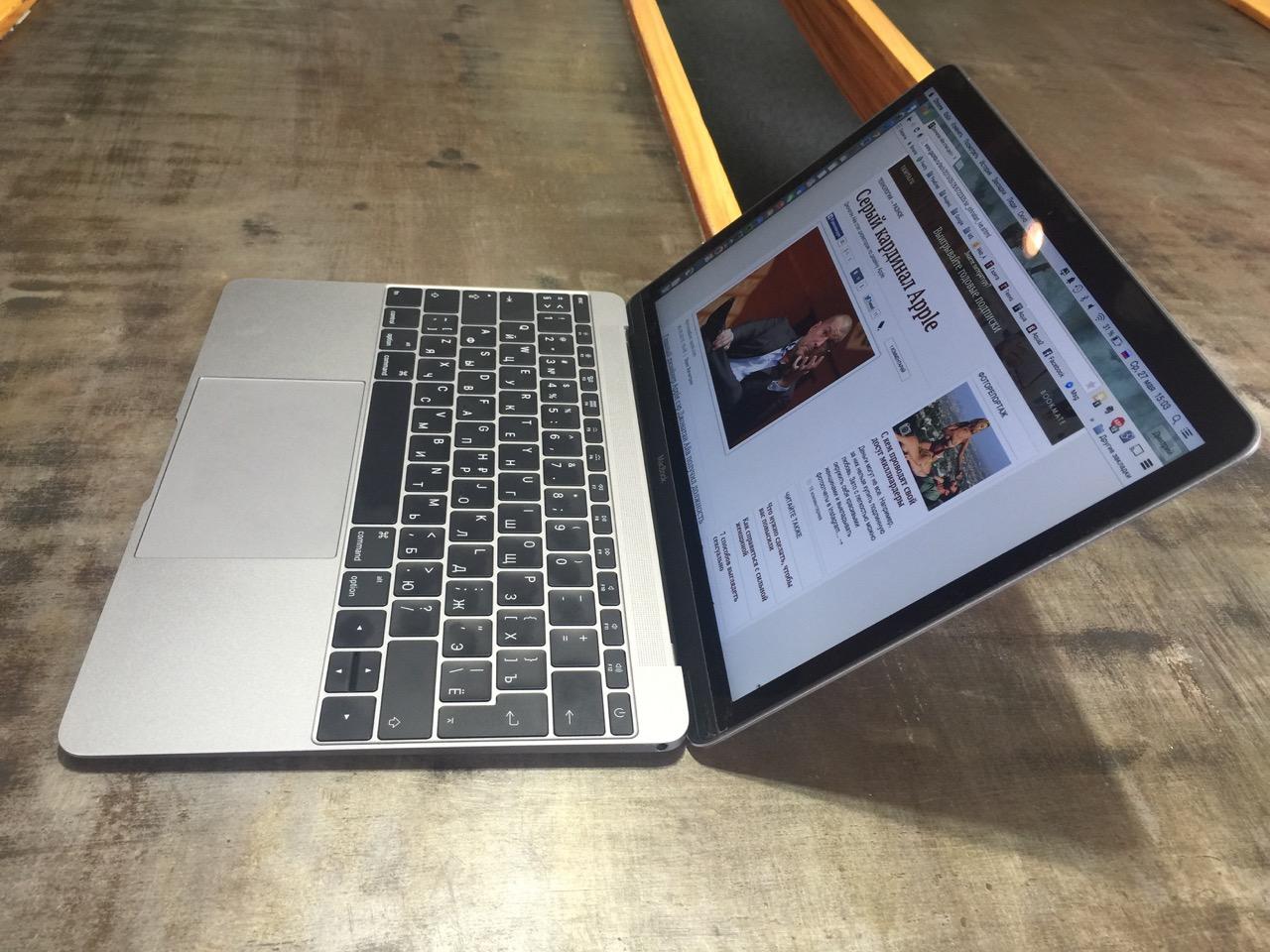 Macbook все чаще приносят в офис для работы