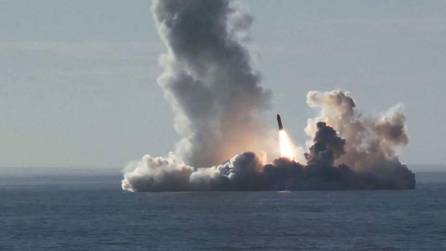 Минобороны РФ сообщило о пуске баллистических ракет «Булава» и «Синева»
