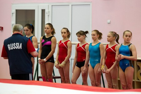 Женская сборная России по спортивной гимнастике готовится к Лондону