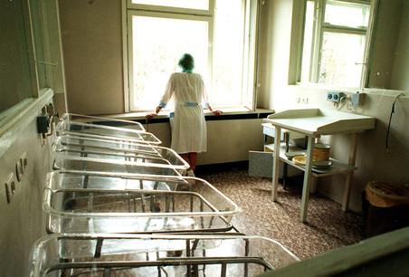 По халатности медицинской сестры могли погибнуть сразу пять младенцев, к счастью четверо из них выжили