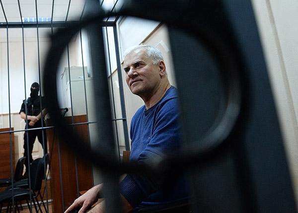 Экс-мэр Махачкалы Саид Амиров во время заседания Басманного суда. Фотография: Сергей Карпов/ИТАР-ТАСС