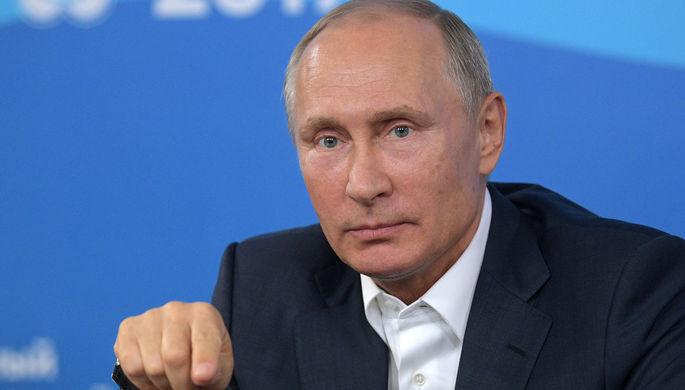 Путин поздравил театр имени Комиссаржевской с75-летним юбилеем