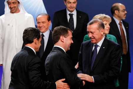 Мировые лидеры быстро поняли, что дипломатическую самостоятельность Медведева не следует...