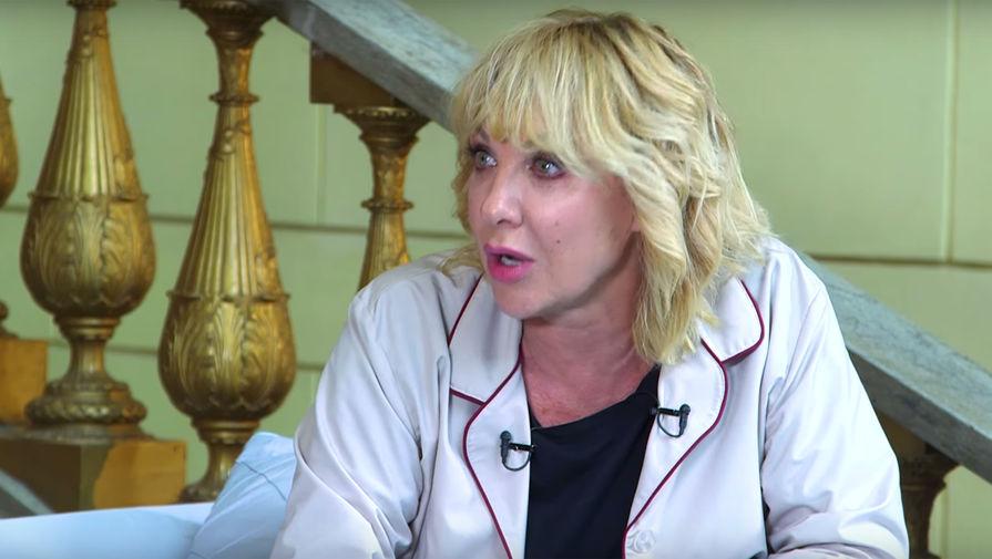 «Уменя отрезаны нижние грыжи»: Елена Яковлева поведала опластических операциях