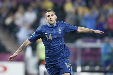 Первый гол французов, ставший в итоге победным, забил Жереми Менез