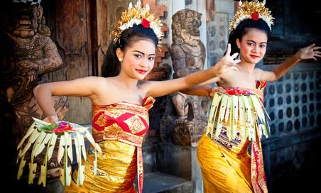 Что на самом деле происходит с женщинами на Бали