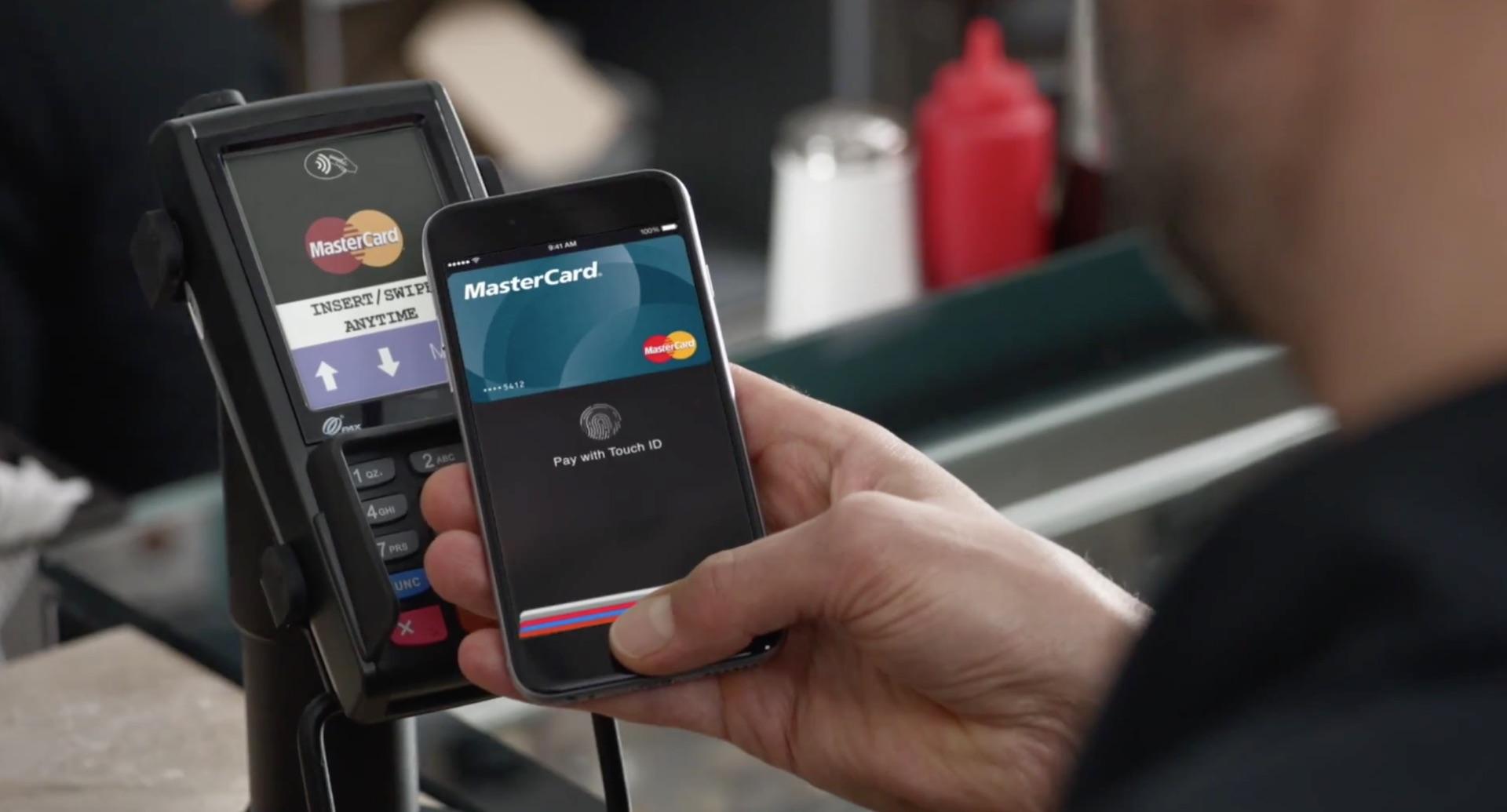 Технология оплаты через смартфон набирает популярность