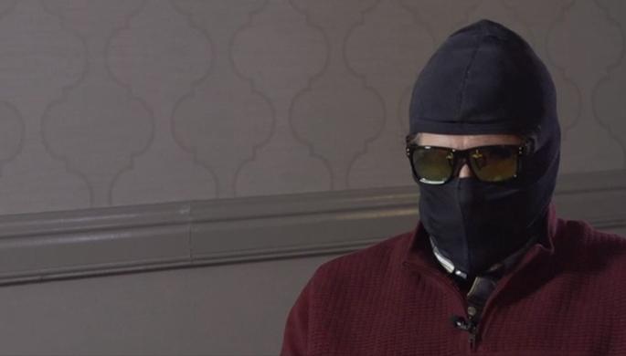 Родченков дал интервью BBC вмаске иочках