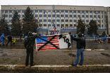 Пророссийские активисты в Донецке и Луганске готовятся отражать штурм