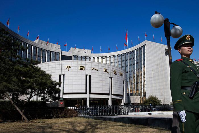 Китайские банки нехотят обслуживать россиян