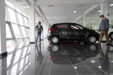 За 10 лет купить автомобиль в России стало в 3,5 раза проще