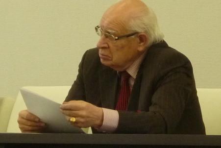 Профессор Борис Дякин