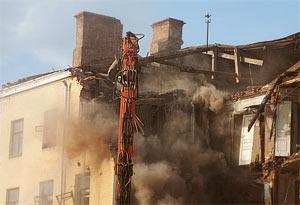 Частичная разборка обрушила фасад дома Кольбе на Большой Якиманке