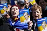 Яценюк и Парубий приостановили членство в партии Тимошенко