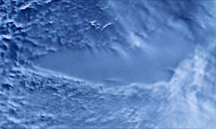 Российские ученые достигли поверхности подледного озера Восток, находящегося в Антарктиде