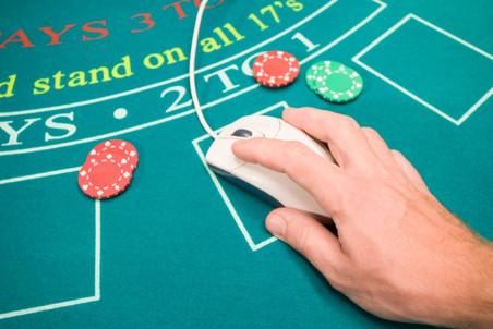 Производитель игр для социальных сетей Zynga, может заняться созданием азартных онлайн-игр