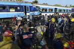 В Аргентине задержали машинистов столкнувшихся поездов