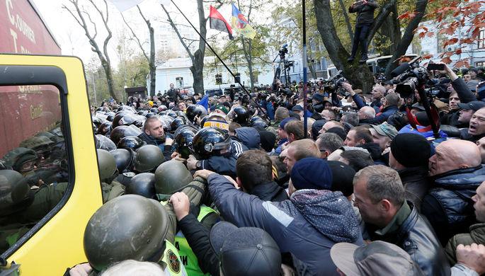 Запогром всуде украинской столицы задержаны 30 националистов изОУН