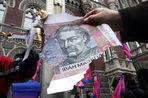 Национальная украинская валюта гривна обвалилась